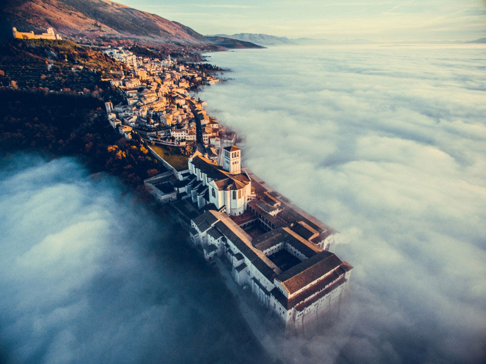 Drone Awards 2018 Assisi Over the Clouds