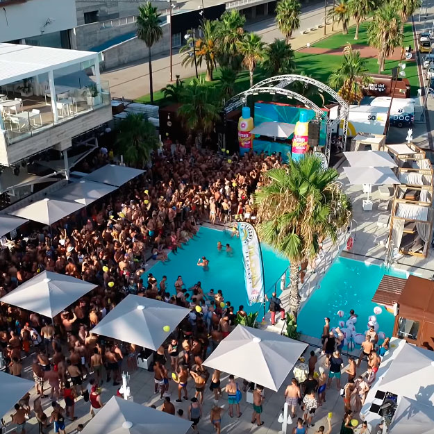 empresa drones barcelona matinee after sun pool party