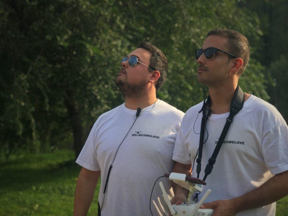 Pilotos Droneswelove empresa drones profesionales barcelona